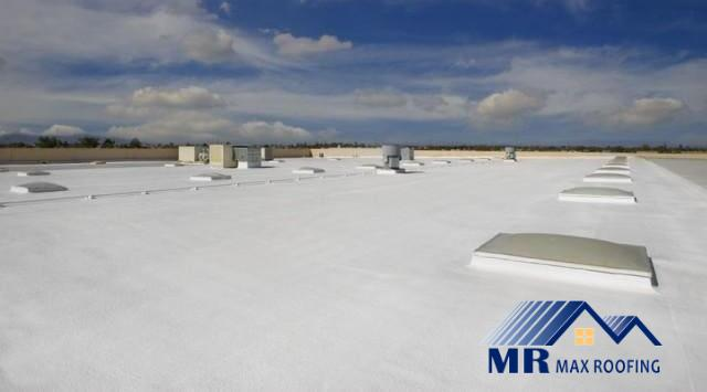 FLAT ROOF COMMERCIAL WHITE 2